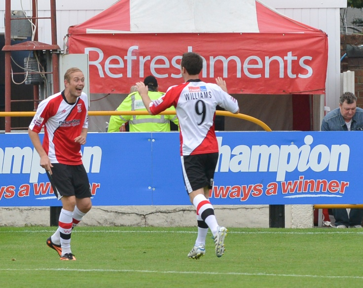 Woking and Southport play out a 1-1 draw last season