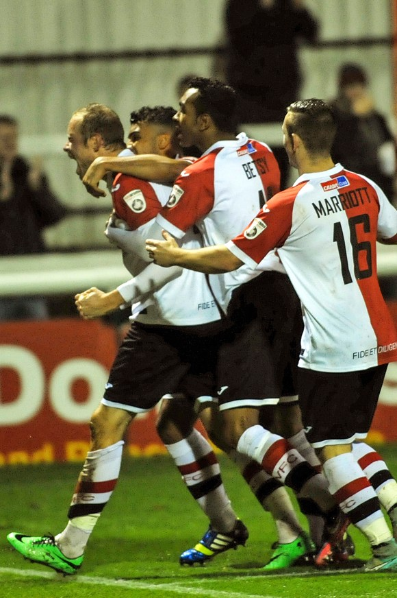 Rendell equalises against Wrexham to claim The Cards a point.